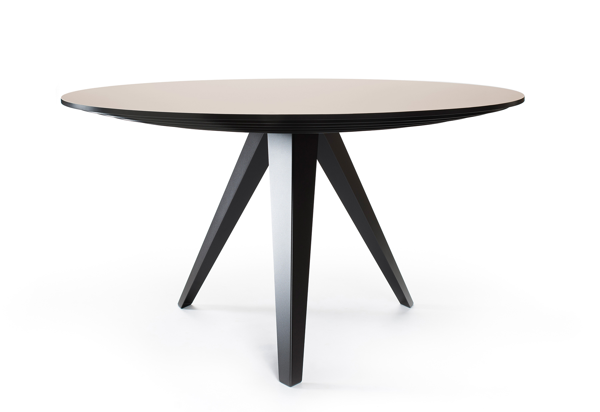 Tafel Rond 140.Ronde Eettafel Belly L Kees Marcelis L Odesi Your Dutch Design