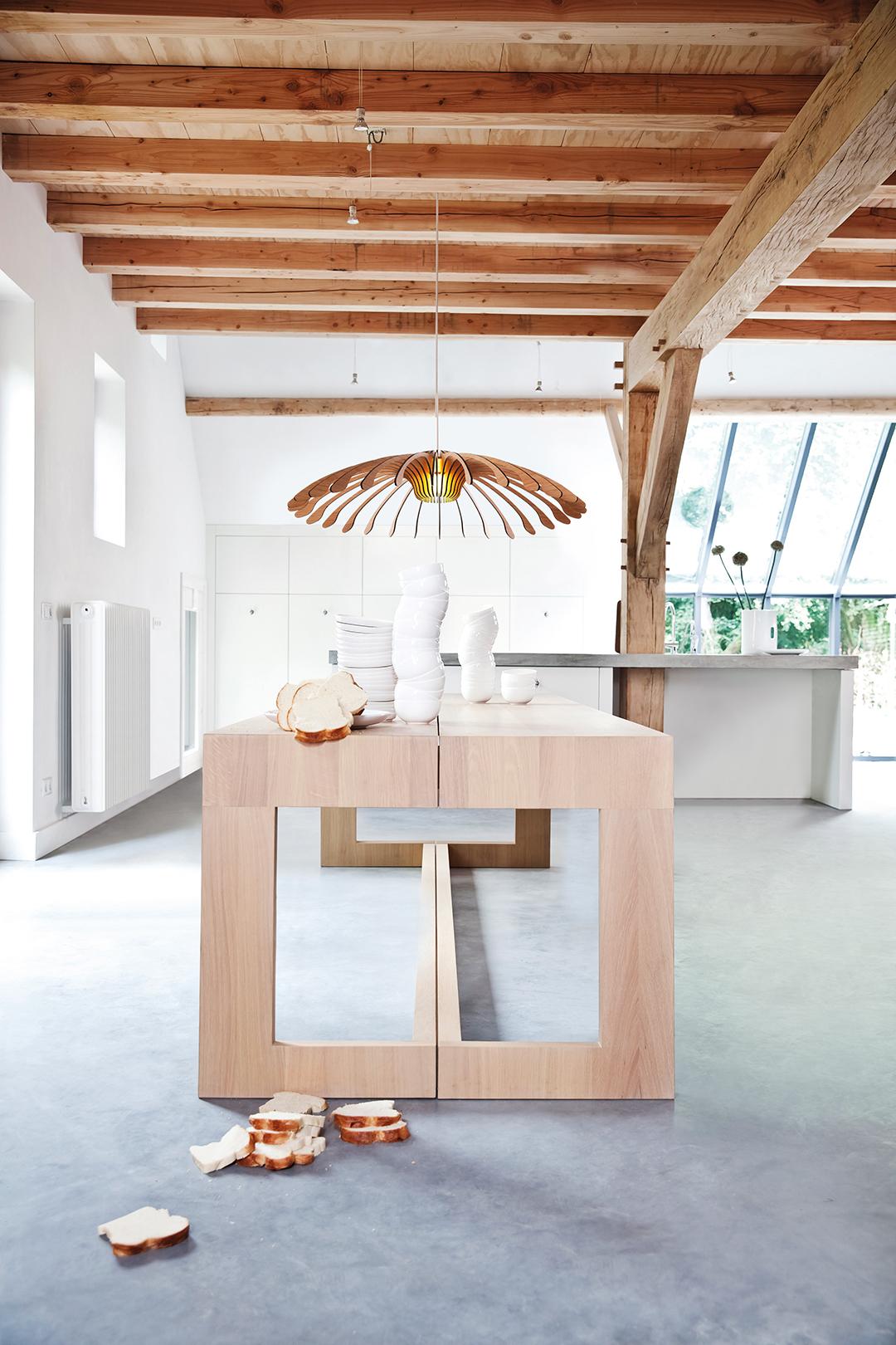 Design Eettafel En Stoelen.Maas Design Eettafel L Marjolein Kap L Odesi Your Dutch Design