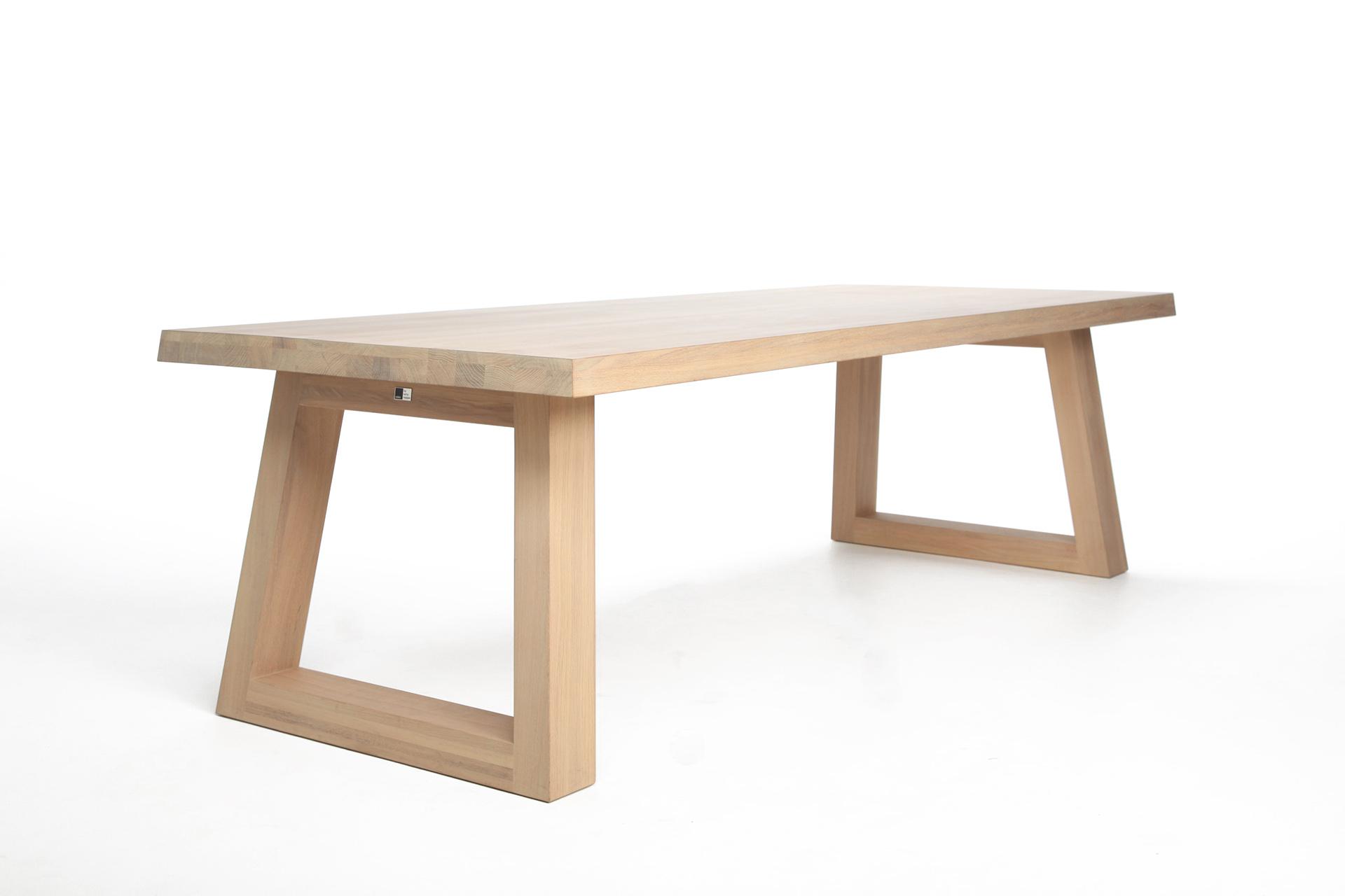 Eettafel Extra Lang.Design Eettafel Slide L Remy Meijers L Odesi Your Dutch Design