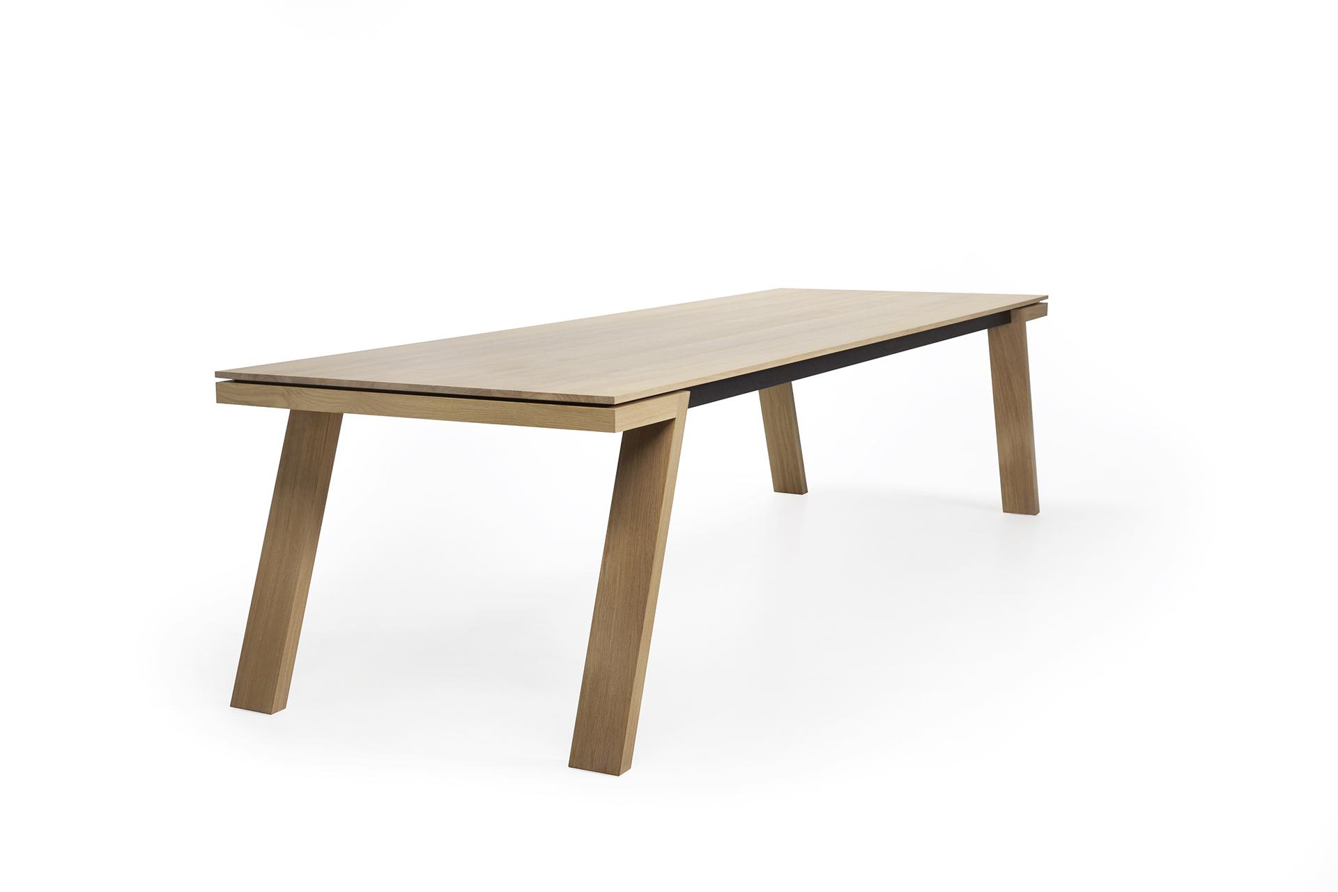 Eettafel Hout 8 Personen.Design Eettafel Spring L Kees Marcelis L Odesi Your Dutch Design