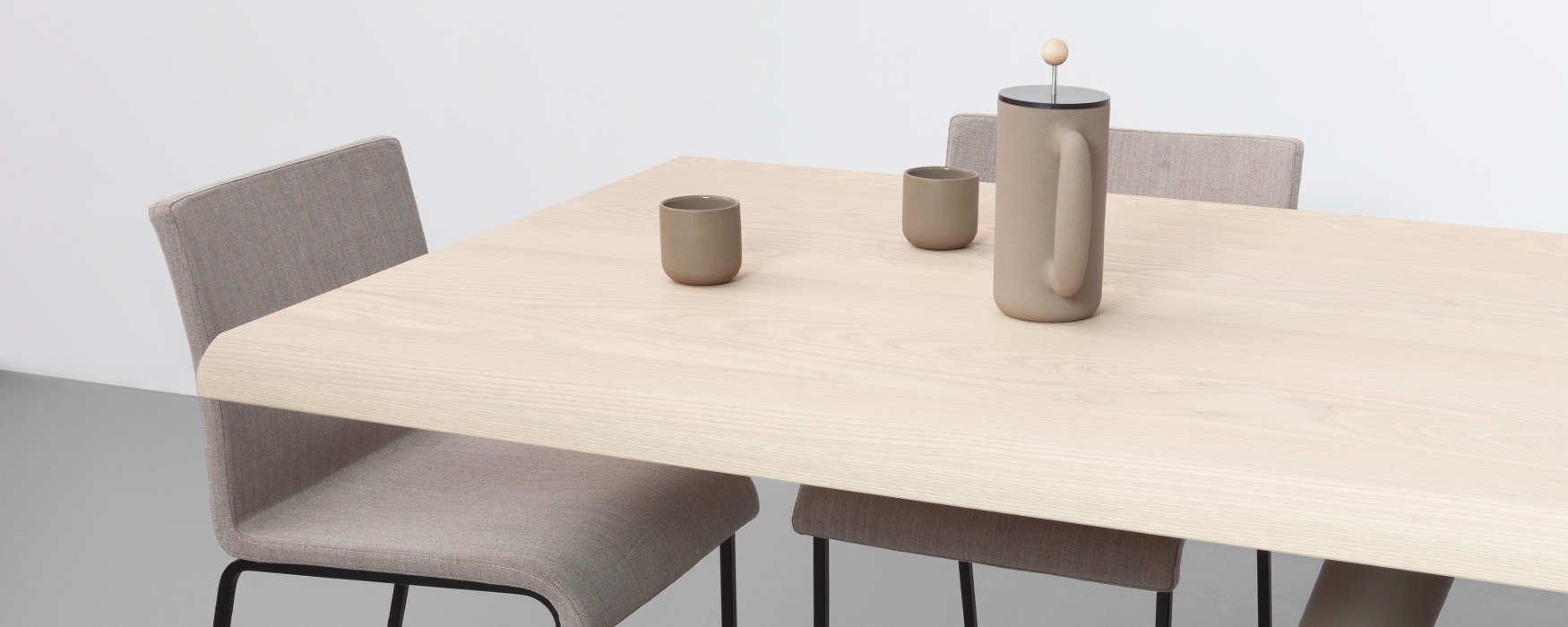 Dutch Design Dock - Eettafel Odesi